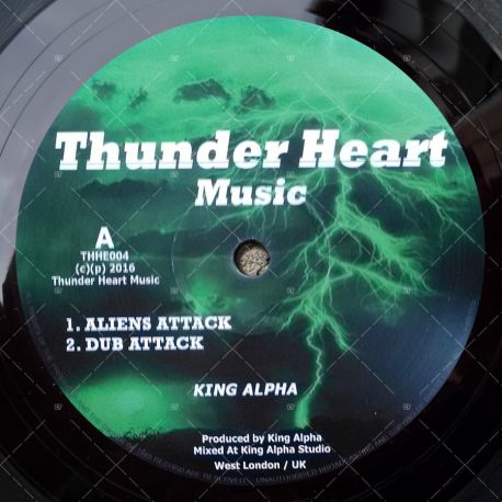 King Alpha - Aliens Attack